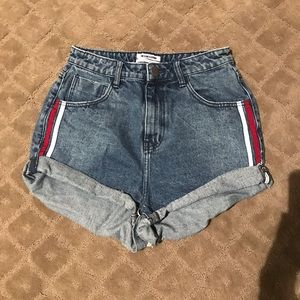 Pants - Jean shorts with white and red stripe details!